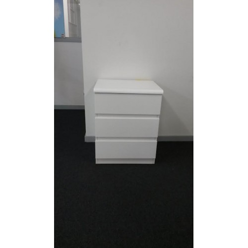 JFH 3 Drawers bedside table