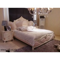 European  luxury genuine leather bed frame